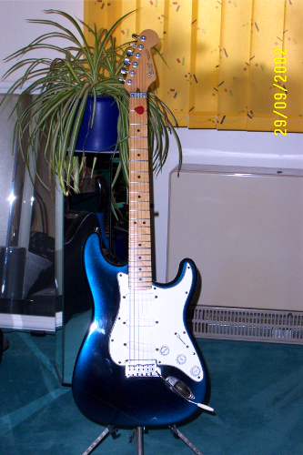 Fender Strat Plus Deluxe Blue 1